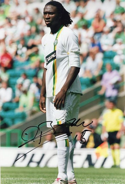 Evander Sno, Glasgow Celtic, signed 12x8 inch photo.